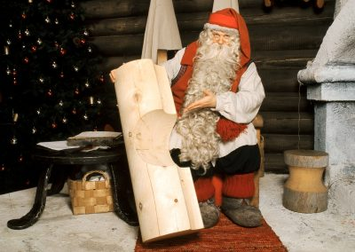 Joulupukin Kammari Napapiiri